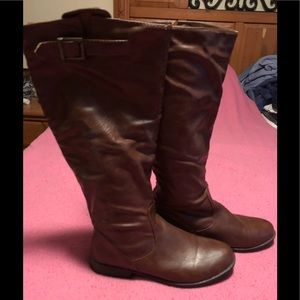 Winter boots in a cognac color!